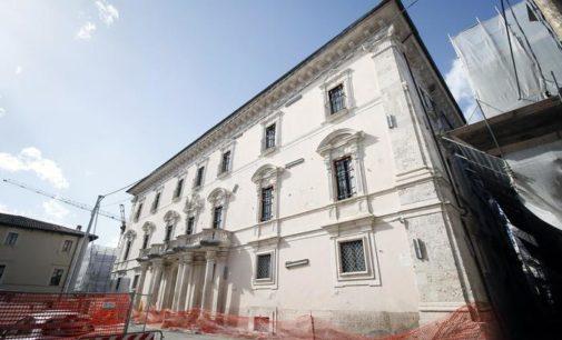 """<div class=""""dashicons dashicons-camera""""></div>Indebite pressioni per ricostruire Palazzo Centi, l'inchiesta Abruzzo parla di 'forti entrature nell'Ente Regione per condizionare'"""