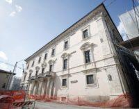 """<div class=""""dashicons dashicons-camera""""></div>Blitz dei carabinieri in sede Giunta Abruzzo, indagine sull'appalto per la ricostruzione di Palazzo Centi all'Aquila"""
