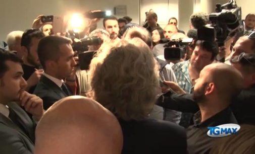 Beppe Grillo all'ex imprenditore Silvio Buttiglione: la casa all'asta te la ricompriamo noi