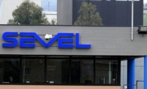 Sciopero in Sevel: per Fiom 50 per cento di adesione, per azienda 8,6