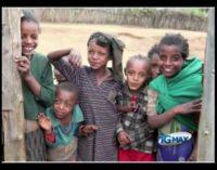 Volti d'Africa, un reportage col sorriso