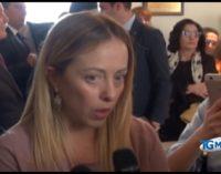 """<div class=""""dashicons dashicons-video-alt3""""></div>Giorgia Meloni a L'Aquila per sostenere Pierluigi Biondi, la città ha bisogno di un sindaco come lui"""
