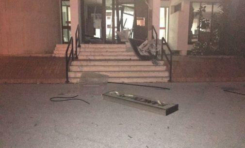 """<div class=""""dashicons dashicons-camera""""></div>Assalto con esplosione a bancomat, colpita filiale ex Tercas di Garrufo di Sant'Omero"""
