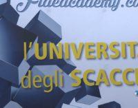 """<div class=""""dashicons dashicons-video-alt3""""></div>Scacchi Scuola, Montesilvano batte il record mondiale con il trofeo"""