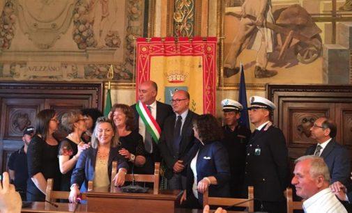 """<div class=""""dashicons dashicons-camera""""></div>Avezzano: passaggio di consegne tra Di Pangrazio e il nuovo sindaco Gabriele De Angelis"""