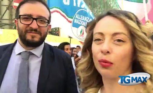 """<div class=""""dashicons dashicons-video-alt3""""></div>Una vittoria inaspettata, per gli altri: Giorgia Meloni a L'Aquila per Pierluigi Biondi"""