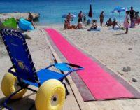 """<div class=""""dashicons dashicons-camera""""></div>Una spiaggia per tutti a Fossacesia con passerella e sedia job"""
