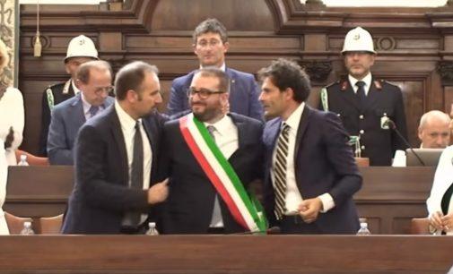 """<div class=""""dashicons dashicons-camera""""></div>L'Aquila: prima seduta del consiglio comunale con il sindaco Pierluigi Biondi, """"questo tempio non è in vendita"""""""