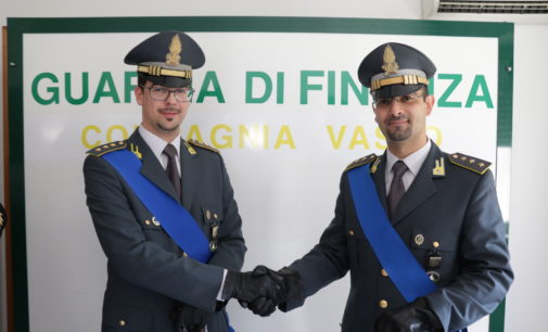 """<div class=""""dashicons dashicons-camera""""></div>Vasto: il capitano Marco Foladore è il nuovo comandante Compagnia della Guardia di Finanza"""