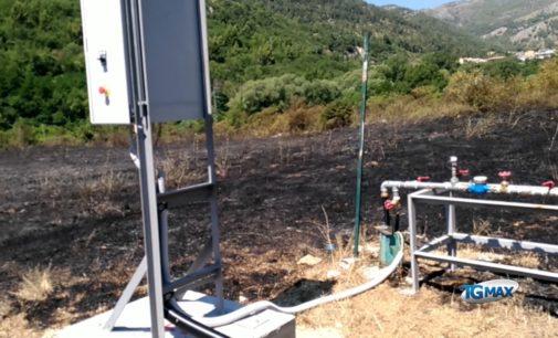 """<div class=""""dashicons dashicons-video-alt3""""></div>Incendio nelle discariche di Bussi sul Tirino, tra le aree più inquinate d'Europa"""