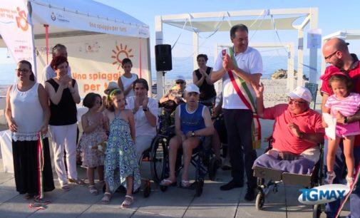 """<div class=""""dashicons dashicons-video-alt3""""></div>Una spiaggia per tutti a Fossacesia, la cerimonia di inaugurazione"""
