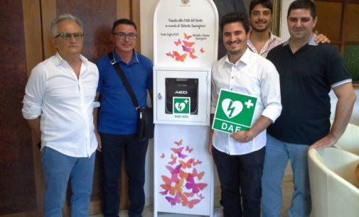 """<div class=""""dashicons dashicons-camera""""></div>I fratelli di Roberta Smargiassi donano due defibrillatori a Vasto"""