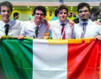 """<div class=""""dashicons dashicons-camera""""></div>Argento per l'Abruzzo alle Olimpiadi di informatica"""