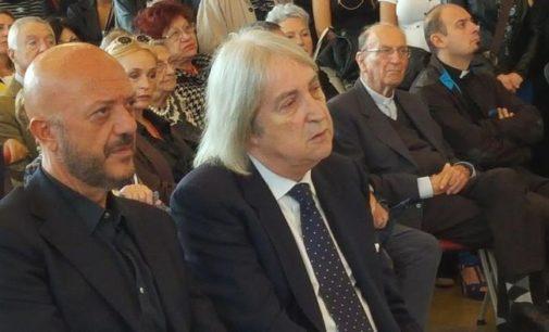 Enrico Vanzina riceve a Pescara il Delfino d'oro, fiero e orgoglioso di ricevere questo riconoscimento dalla città di Ennio Flaiano