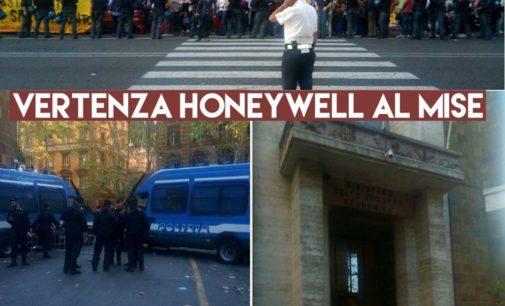 """<div class=""""dashicons dashicons-camera""""></div>Vertenza Honeywell, il ministro Calenda incontra sindacati e Regione a Roma"""