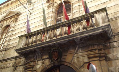 Sulmona: a giudizio 18 furbetti del cartellino