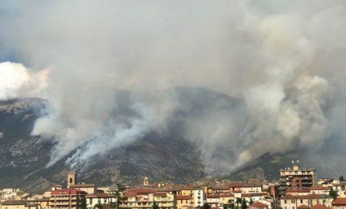 Venti associazioni presentano una Carta per lotta agli incendi boschivi in Abruzzo