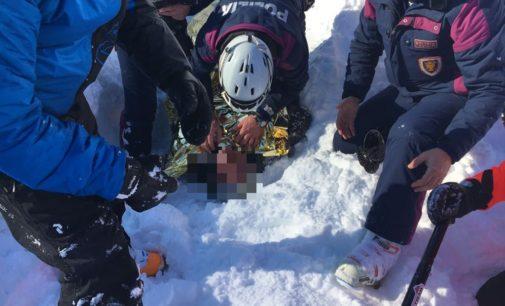 Aremogna, recuperati salvi due sciatori travolti da valanga fuoripista