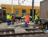 Treno merci deraglia a Fossacesia: nessun ferito, ma rallentamenti e ritardi