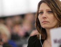 Daniela Aiuto-M5s: aggredita verbalmente e denigrata dal governatore Luciano D'Alfonso in aeroporto a Bruxelles