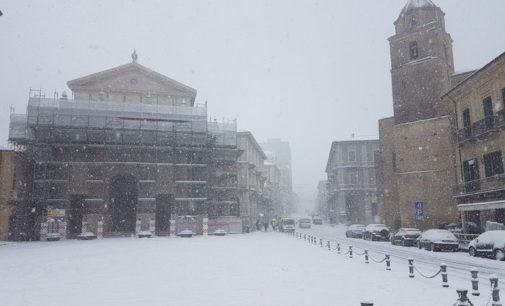 Neve in Abruzzo: scuole chiuse, partita rinviata a Pescara