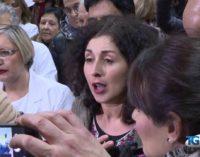 Vaccini: la protesta di una madre col ministro Lorenzin