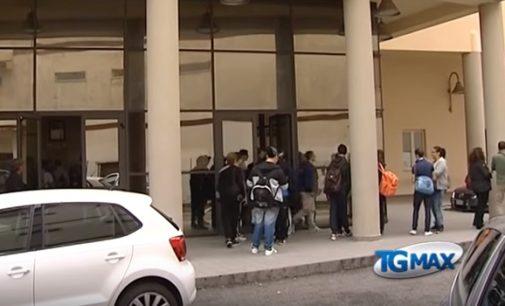 Bullismo a 15enne: il Gip fa tornare i minori a scuola, ma subito dopo devono rientrare a casa