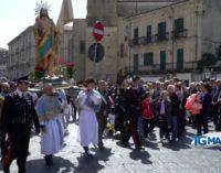 Il saluto dei Santi chiude le feste della Pasqua a Lanciano