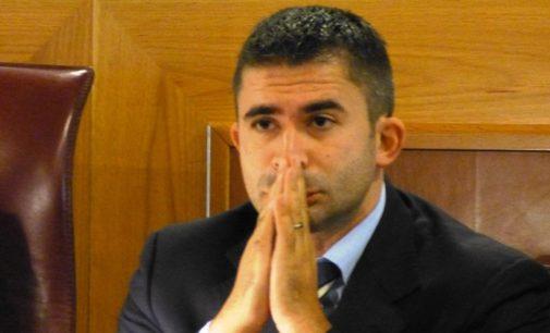 Busta con proiettile all'assessore Silvio Paolucci