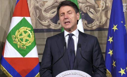 Conte annuncia la composizione del nuovo governo, venerdì 1 giugno il giuramento al Quirinale