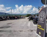 Strade chiuse a 2 ruote, protestano 250 motociclisti e chiedono riapertura subito con stessi limiti auto