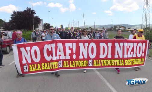 Salviamo la Val di Sangro: in duemila al corteo contro la riapertura della Ciaf e l'impianto rifiuti ospedalieri Di Nizio