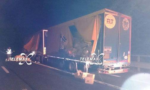 A14: candeggina invade la carreggiata tra Lanciano e Val di Sangro, incidente tra due Tir