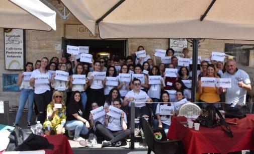 Gran Caffe' Cigno libero dal gioco d'azzardo, a Chieti l'iniziativa SlotMob del Liceo Gonzaga