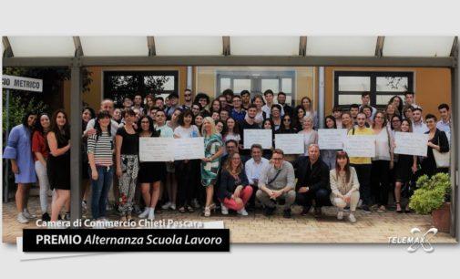 """Il Punto """"Premio Alternanza Scuola Lavoro"""" della Camera di Commercio Chieti Pescara per gli studenti delle scuole superiori"""