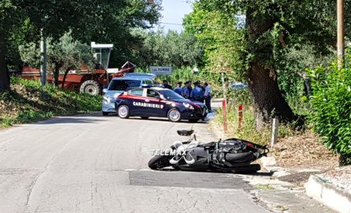 Incidente mortale a Paglieta, uomo evita mietitrebbia e finisce a terra