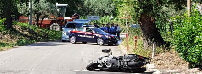 Incidente mortale a Paglieta, uomo evita mietitrebbia e si schianta contro un palo della luce
