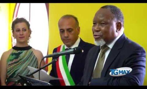Fallo: cittadinanza onoraria a Kgalema Motlanthe, ex presidente del Sud Africa