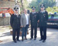 Casoli: i carabinieri restituiscono l'escavatore rubato al Comune