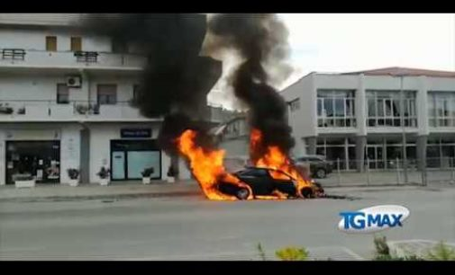 Silvi: auto a fuoco sulla Statale 16