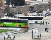 Autobus Flixbus a fuoco, paura nel terminal bus di Vasto