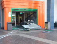 San Salvo: bancomat asportato con il suv dal centro commerciale