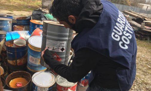 Guardia Costiera scopre vernici tossiche vicino fiume Salinello