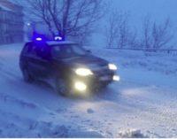 Schiavi d'Abruzzo: maestra nella bufera di neve, salvata dai carabinieri