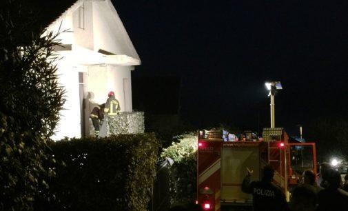 Incendio in casa, morti coniugi anziani a Pescara Colli