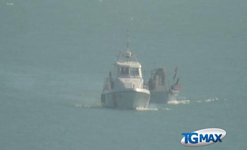 Peschereccio imbarca acqua, soccorso dalla Guardia costiera di Ortona