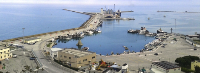 Ortona, operaio muore in cantiere navale