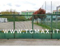 Le Gemelle senz'acqua, cancelli chiusi al centro sportivo comunale di Lanciano