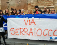 Via Serraiocco, manifestazione in piazza a Lanciano contro il gestore pescarese delle piscine comunali