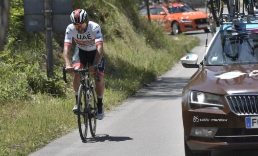 Giro d'Italia in Abruzzo, si è ritirato Fernando Gaviria